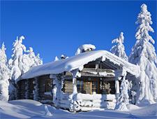 De chalets van Iso Syöte liggen boven op een kleine skiheuvel