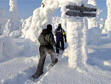 Vergeet tijdens de sneeuwschoenwandeling niet van het uitzicht te genieten