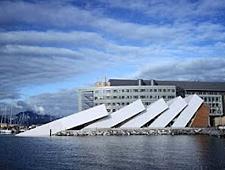 In het Polaria Museum in Tromsø kan u documentaires bekijken over het noorderlicht en Spitsbergen