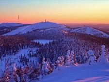 Op het einde van het programma kan u skiën in één van de betere skigebieden van Fins Lapland