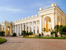 Het Alexanderpaleis in Pushkine, nog zo'n publiekstrekker