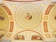 Een van de vele koepels in het wereldvermaarde Hermitage