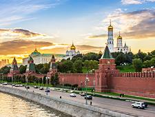De indrukwekkende muren van het Kremlin: 2.235m lang en hoogte variërend van 5 tot 19m